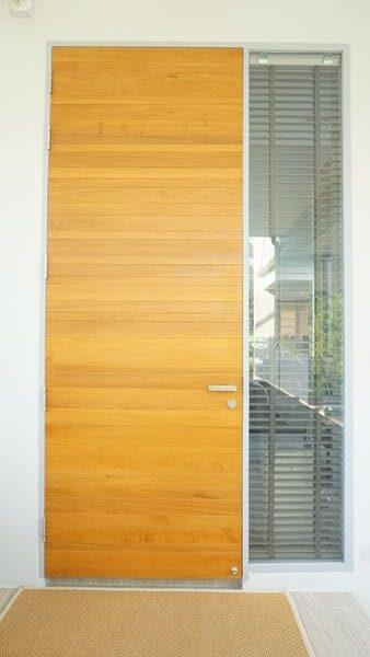 ประตูไม้ทรงโมเดิร์น3